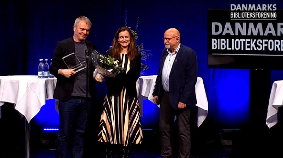 """Jesper Stein vinder Læsernes Bogpris 2021 med """"Rampen"""""""